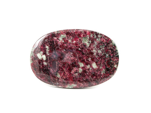 Cabochon Eudialyte ref: ce1