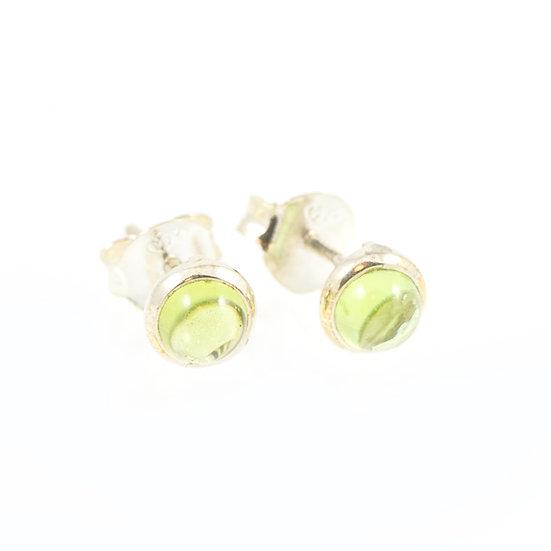 Boucles d'oreilles puces 6mm Péridot