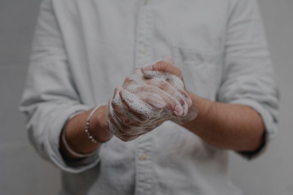 Hände mit Seife