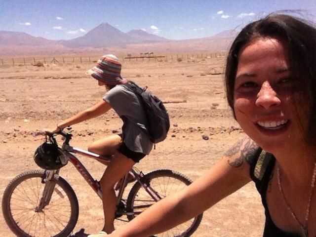 meninas bicicleta