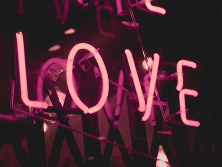 Microreviews: 5 foute Valentijnstracks in 140 tekens