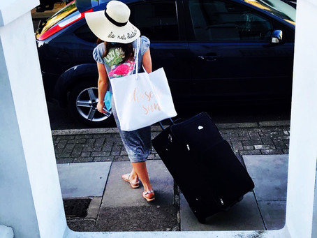 10 Top Tips for stress free Holiday Packing