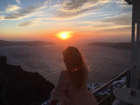 How to get effortless Santorini style: what to wear
