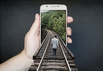 manipulation-smartphone-2507499__340.jpg