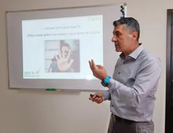סדנת ניהול זמן בערבית עם אכרם בריק