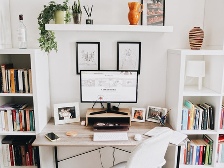 10 Things you Need for the Perfect Home Office