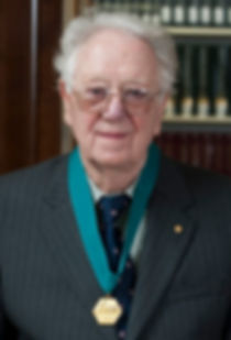 Dr. Oliver Smithies