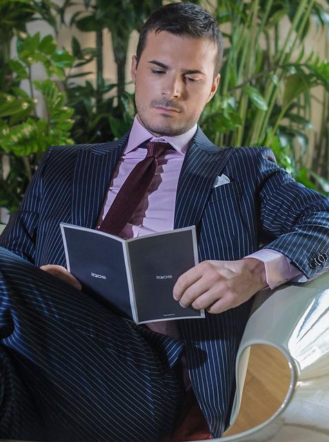 Collezione abbigliameto uomo manager stile italiano