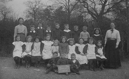 Bradon School Postcard 1915.jpg