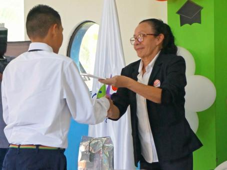 Edelmira celebra 20 años de servicio