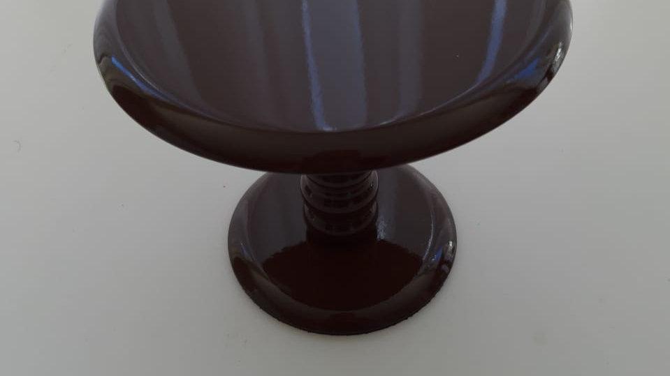 Boleira laqueada marrom P