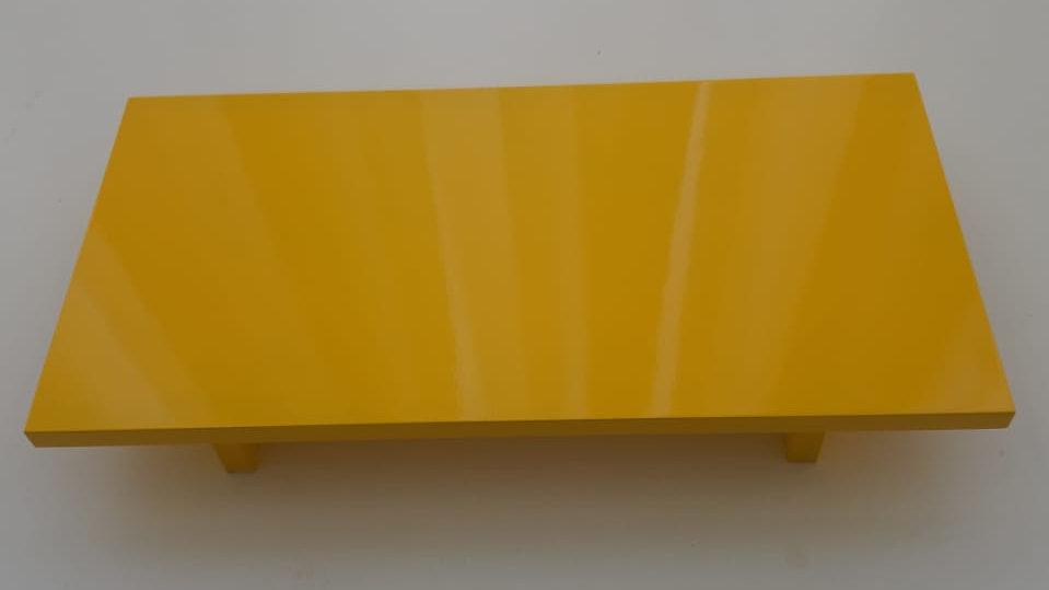 Bandeja laqueada amarelo