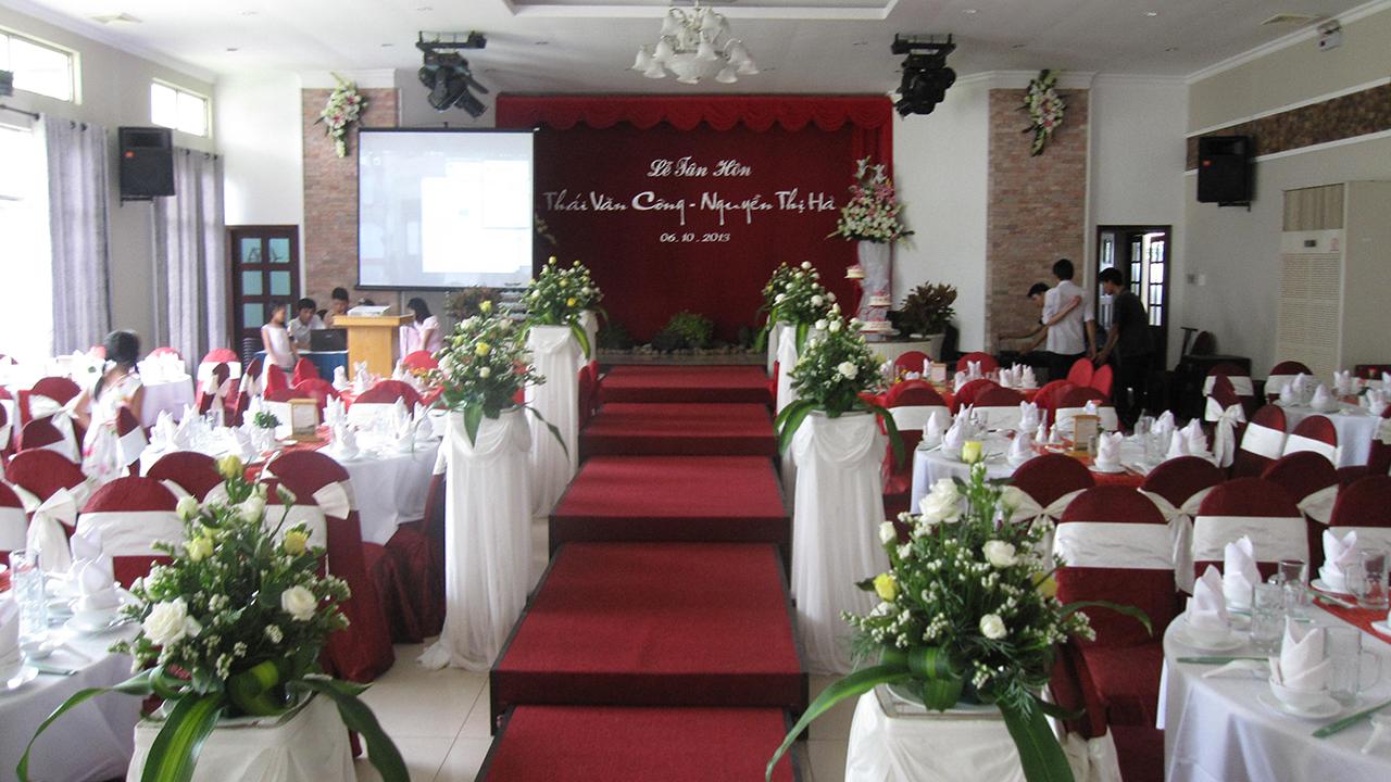 011 TC Tiec Nha Hang