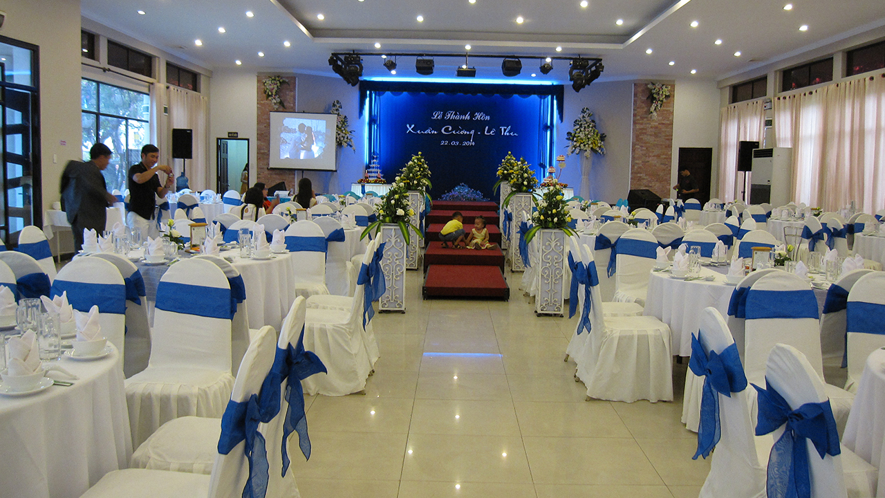 044 TC Tiec Nha Hang
