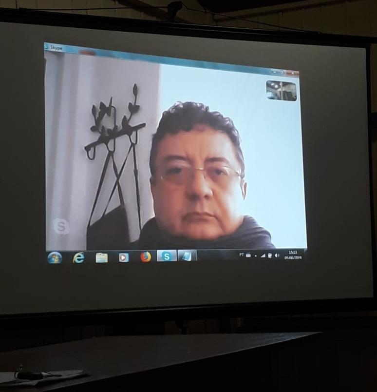 Professor Sérgio Nunes, coordenador do curso de Filosofia da UFPA por videoconferência.