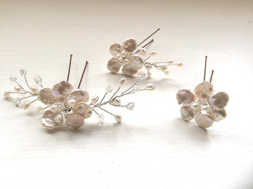3 Freshwater pearl hairpins