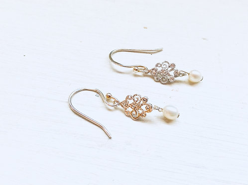 Diamante pearl earrings