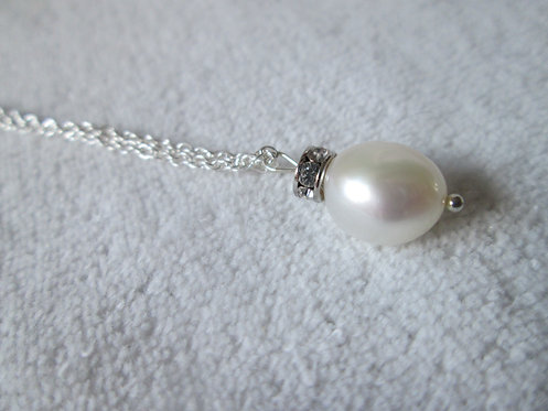 Freshwater pearl silver necklace