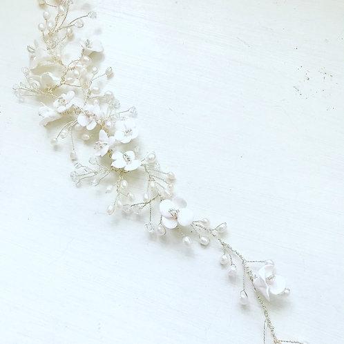 Ivory Clay Flowers Hair Vine