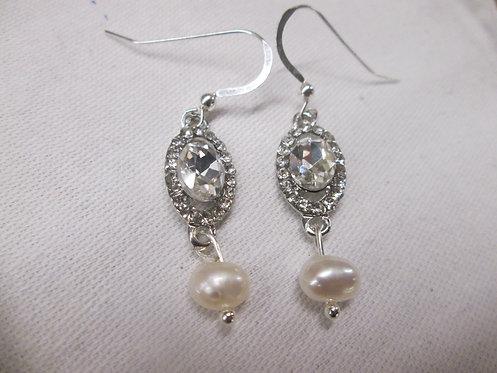 Vintage style earrings