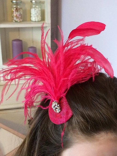 Fushia pink feather fascinator