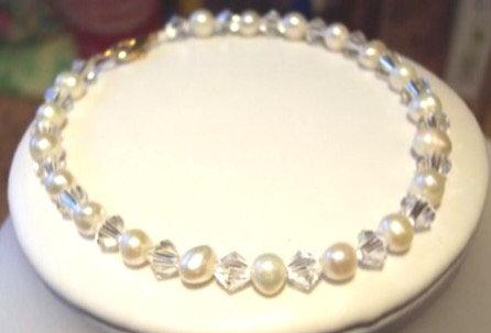 Ivory freshwater pearl swarovski crystal bracelet