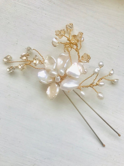 Golden Blossom Hairpin
