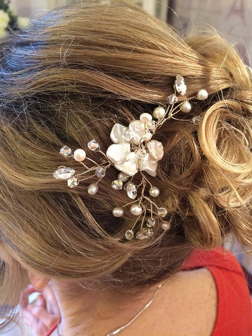 Blossom hairpin
