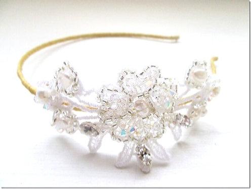 Daisy lace side tiara