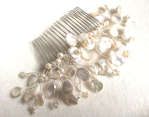 Handmade freshwater pearl comb