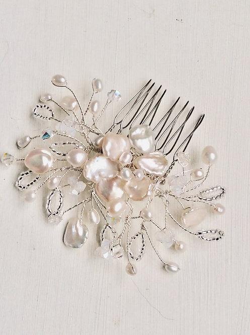 Silver blossom comb