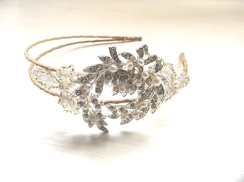 Cora side tiara
