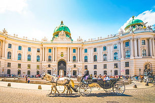 ล่องเรือแม่น้ำดานูบ Hofburg, Vienna, Aus