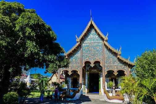 wat-chamthewi-lamphun-thailand-small.jpg