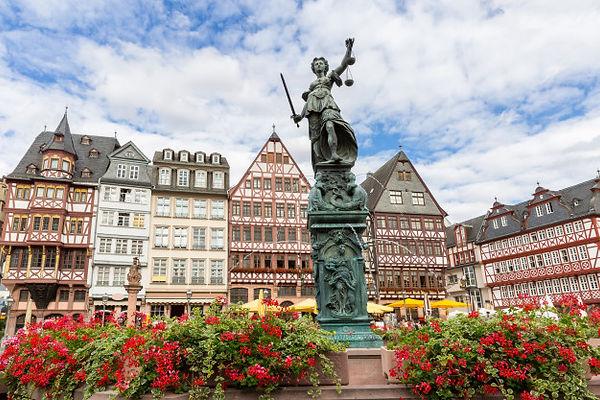 Romerberg Square in Frankfurt