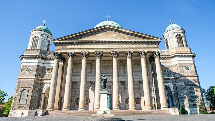 มหาวิหารแห่งเอสซ์เตอร์กอม (Esztergom Basilica)