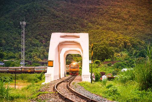 saphan-khao-tha-chomphu-railway-white-bridge-thailand.jpg
