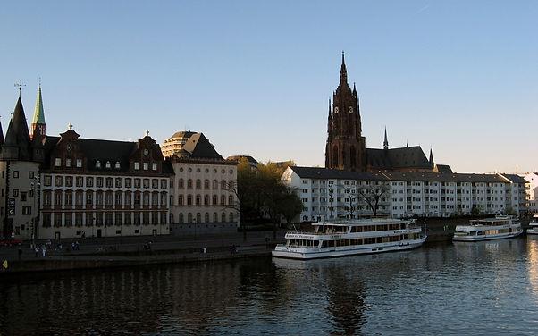 Frankfurt.Cathedral.640.21008.jpg