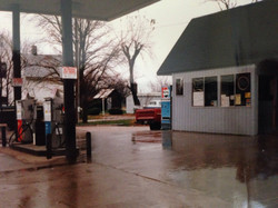 Midway Liquor Store and Gas