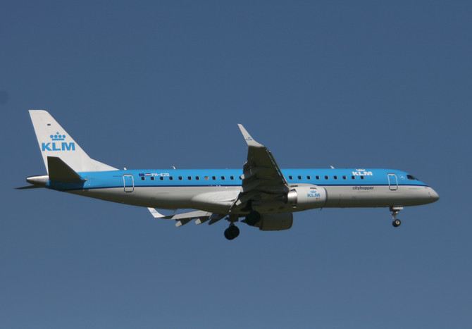 KLM  PH-EZD