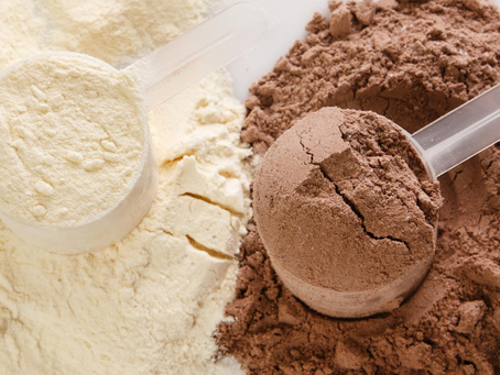 What are the benefits and risks of whey protein?