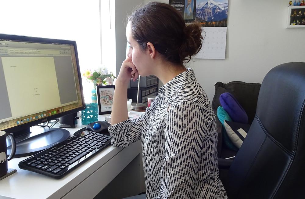 San Diego Author and Book Editor Stephanie Diaz