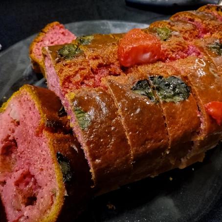 Les recettes du tea time - cake façon clafoutis roses, fraises et menthe fraîche