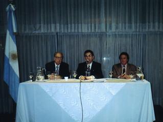 El Instituto CAECBA y la Asociación Argentina de Vexilología