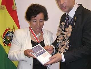 La Universidad San Francisco de Asís de Bolivia y el Instituto CAECBA