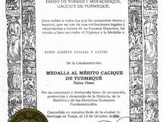 Condecoración concedida al Sr. Prof. Rubén A. Gavaldá y Castro, Presidente del Instituto CAECBA