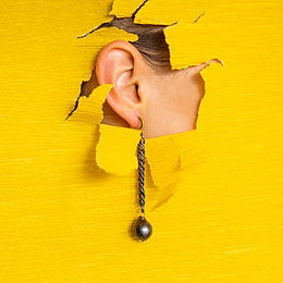 Earrings with pearls,pin and gold plated silver clasps