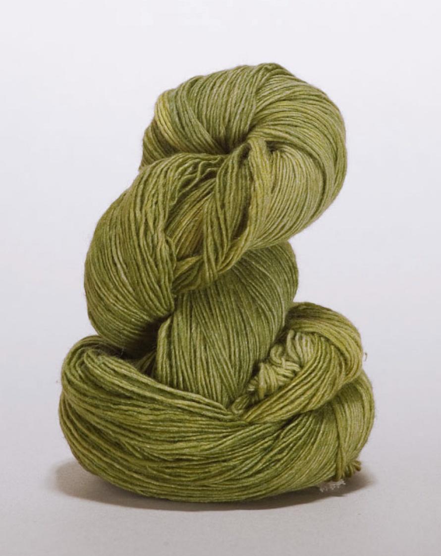 2328-28 407 Velvet Pincushion