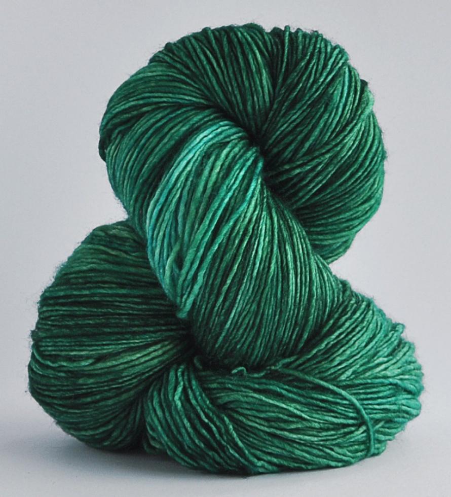 2435-44 14 Esmeralda