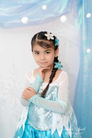 {Mini Session} Eliana's 'Frozen Theme' Birthday Portraits